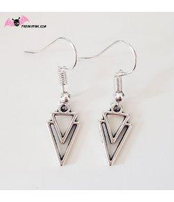 Petites boucles d'oreilles triangles