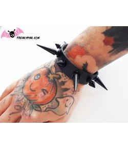 Bracelet Noir A Piques Court et Longs